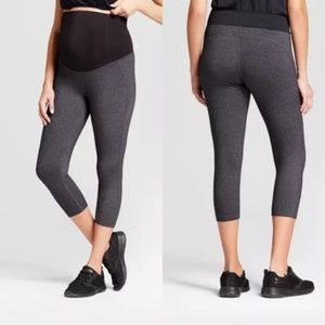 Maternity Crossover Panel Active Capri NWT